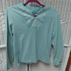 Columbia pullover top